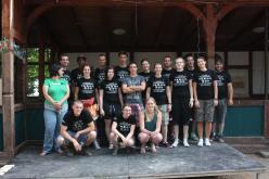 Die Gruppe vor dem Peißnitzhaus in Halle